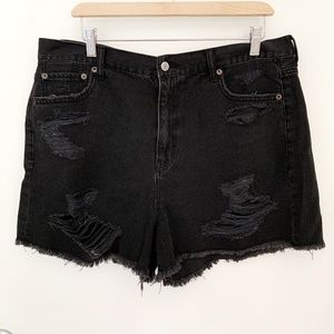 NWOT American Eagle Distressed Black Mom Shorts